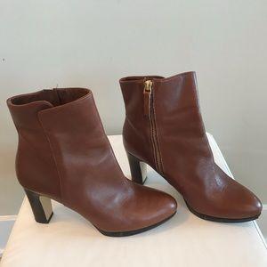 Nine West platform heeled ankle boots 🌻